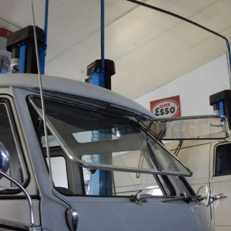 Scheibenservice am VW Bulli